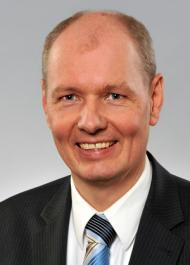 Dr. Wolfgang Knauer